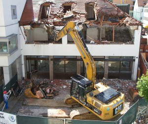 excavators-139974_1280
